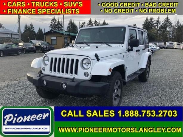 2018 Jeep Wrangler Unlimited Sahara  - 4 door - Fully Loaded!