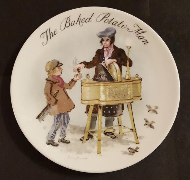 WEDGWOOD STREET SELLERS OF LONDON Bradex plates
