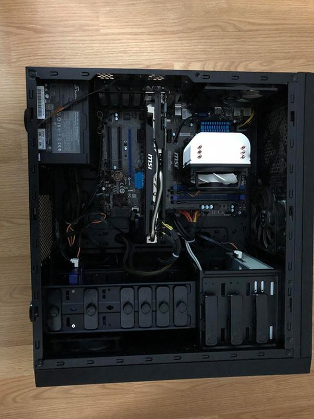 Gaming Computer - Includes keyboard, mouse, and mousepad