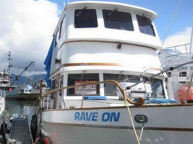 Tri Cabin Trawler For Sale - Rave On Outside Victoria, Victoria