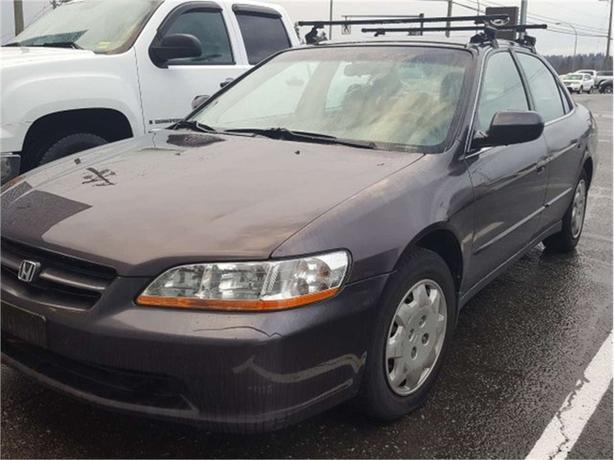 1999 Honda Accord Sedan LX