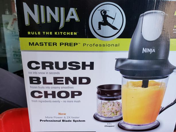 Ninja blender New in nox Central Saanich, Victoria