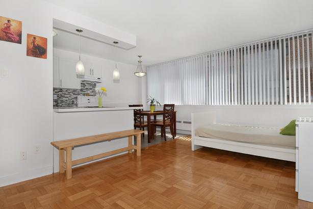 New Studio in Annex-Yorkville! Steps to Bloor & Downtown!