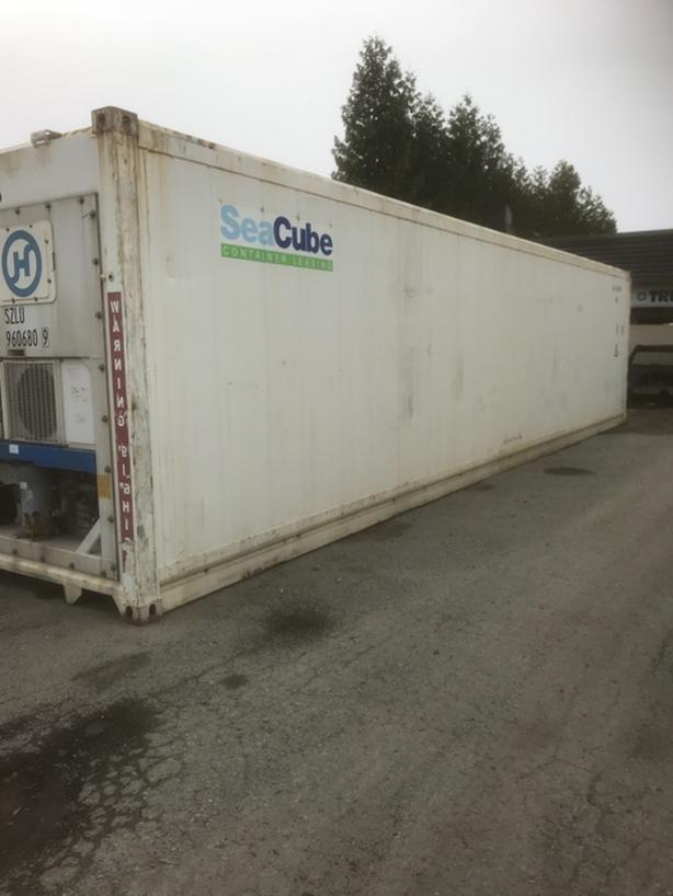 40' Insulated Shipping Container