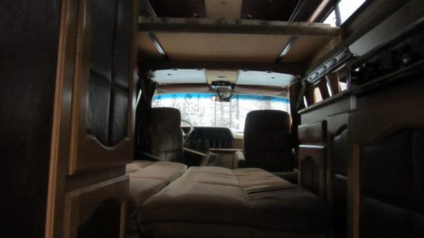 58,660km Dodge 250 Custom Ram Camper Van ****MINT CONDITION