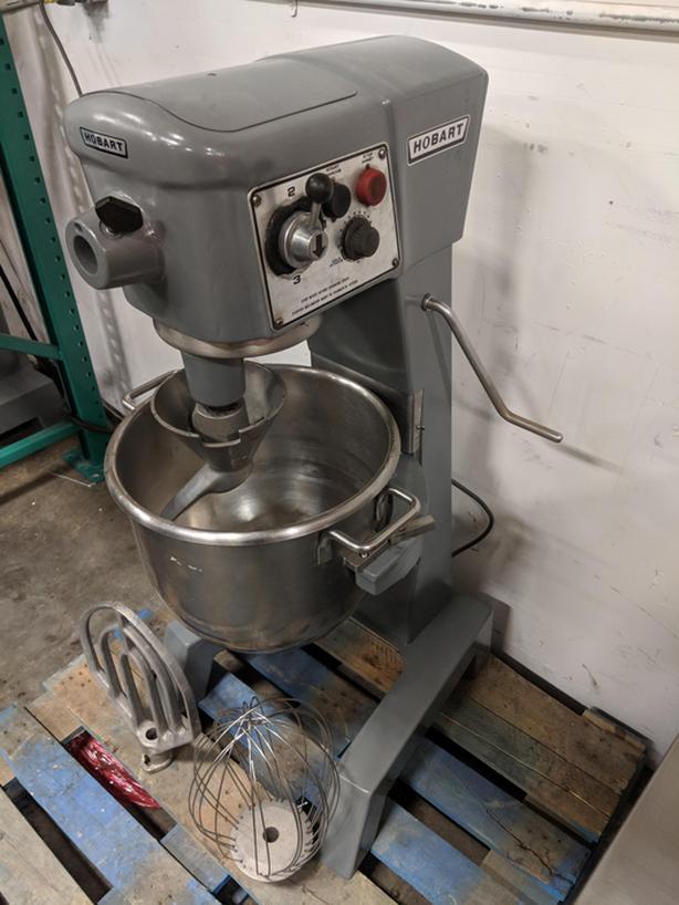 Hobart 60qt and 30qt Mixer – Jan 27 Restaurant Equipment Auction