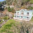 Ocean Front Home in Maple Bay