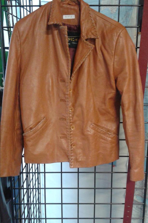 vintage womens leather coat medium to large
