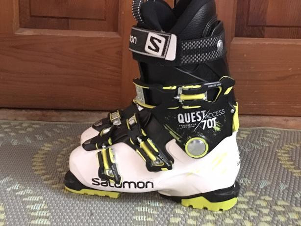 2f6f9cf8cd  Log In needed $80 · boys ski boots, ski jacket, and Sorel boots
