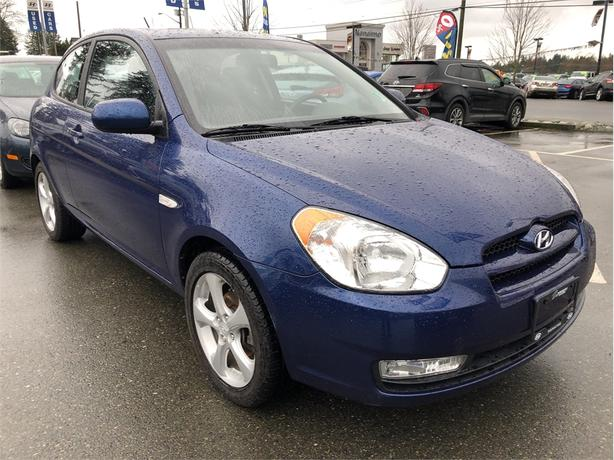 2011 Hyundai Accent L Sport, Power moonroof, Alloy wheels