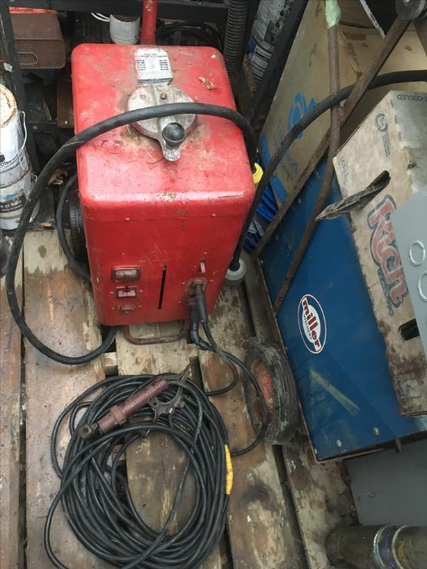 Welder-Charger Redy-Arc 6v-12v