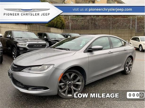 2015 Chrysler 200 S  - Leather Seats -  Bluetooth