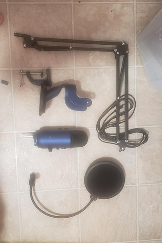  Log In needed $100 · Blue Yeti Microphone w/ Pop Filter & Stand! $100 OBO