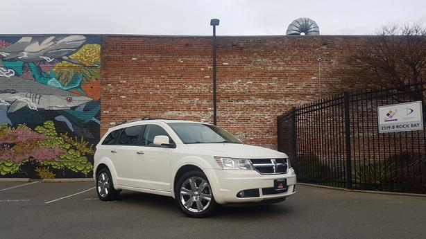 ** 2010 Dodge Journey R/T AWD - LEATHER - DVD - NAV - ** ON SALE **
