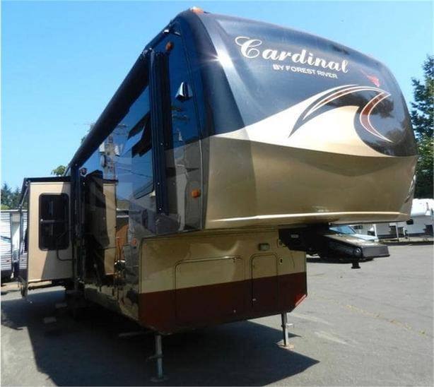 2012 Forest River Cardinal 3675 -