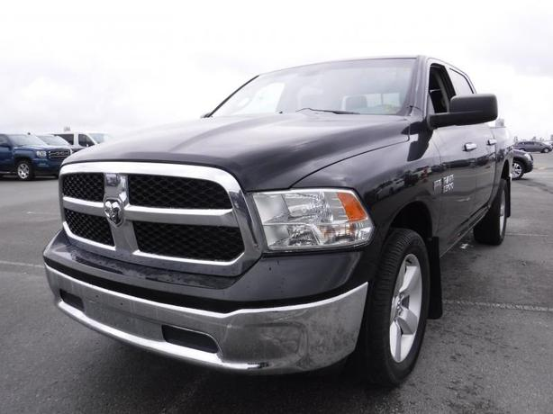 2014 Dodge RAM 1500 SLT Crew Cab Short Box 4WD