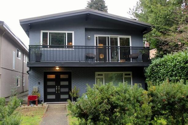 Tastefully Decorated Furnished Garden Suite - Point Grey Area #860
