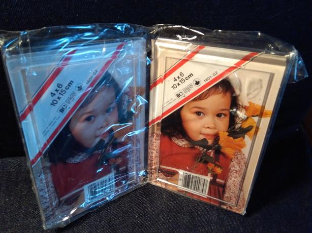 "Acrylic Frame for 4"" x 6"" Photo, New in Package"