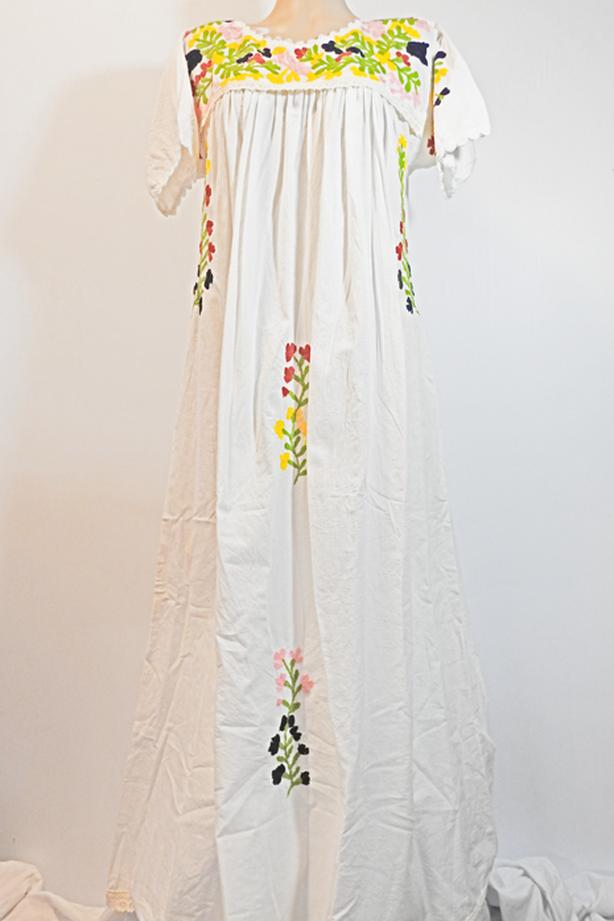 Boho beach wedding dress Embroidered Flowy Bohemian floral white M