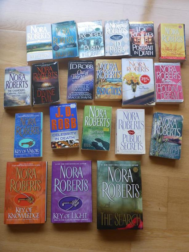 20 Nora Roberts/ JD Robb books Victoria City, Victoria