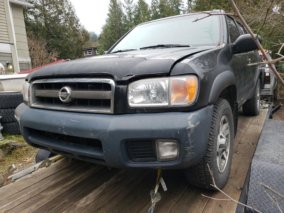 2003 Nissan Pathfinder For Parts Outside Nanaimo