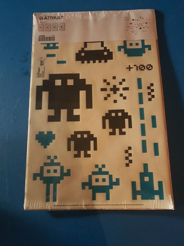 space invaders walk stickers
