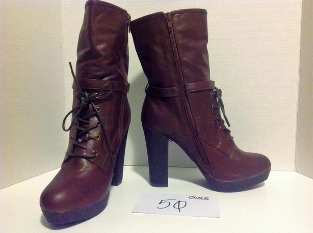 SHOE CLEARANCE SALE! BNWOT! [Size 8.5] Ladies Boots in Brown w/ Side Zipper
