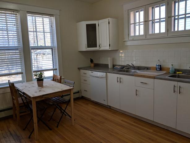 2 FURN. ROOMS, CARLETON UNIVERSITY, DOW'S LAKE, AVAILABLE SEPT. 1ST