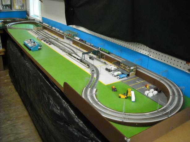  Log In needed $1,250 · New Complete N Scale Model Railroad Layout with  Kato Unitrack