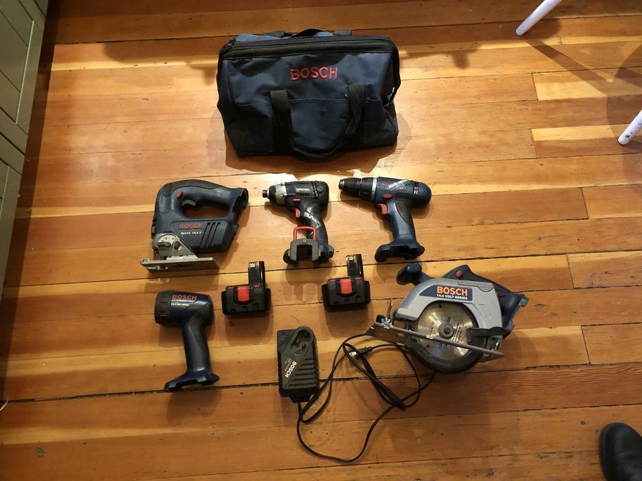 97d58c030447 $325 · Bosch 5 tool combo kit