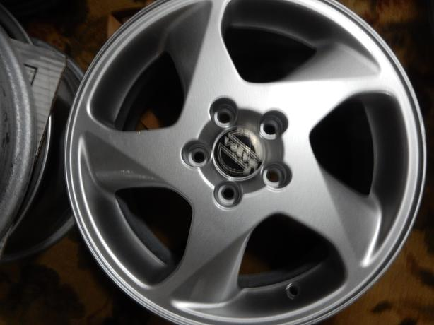 VOLVO 16 X 6.5 PERFO ALLOY RIMs  FOR 850 V70 S70 S90 and others