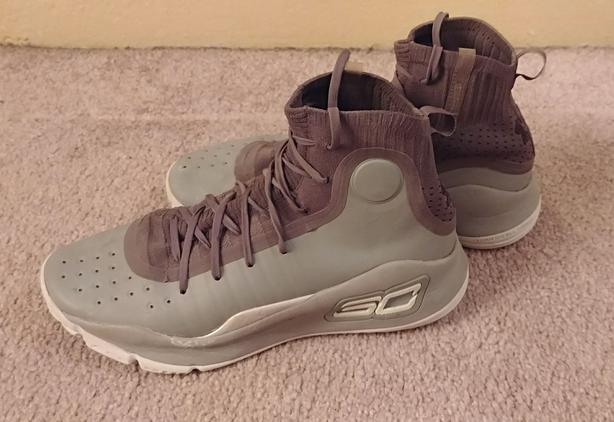 b69e9a79dbb4 Curry 4 UA basketball shoes Victoria City