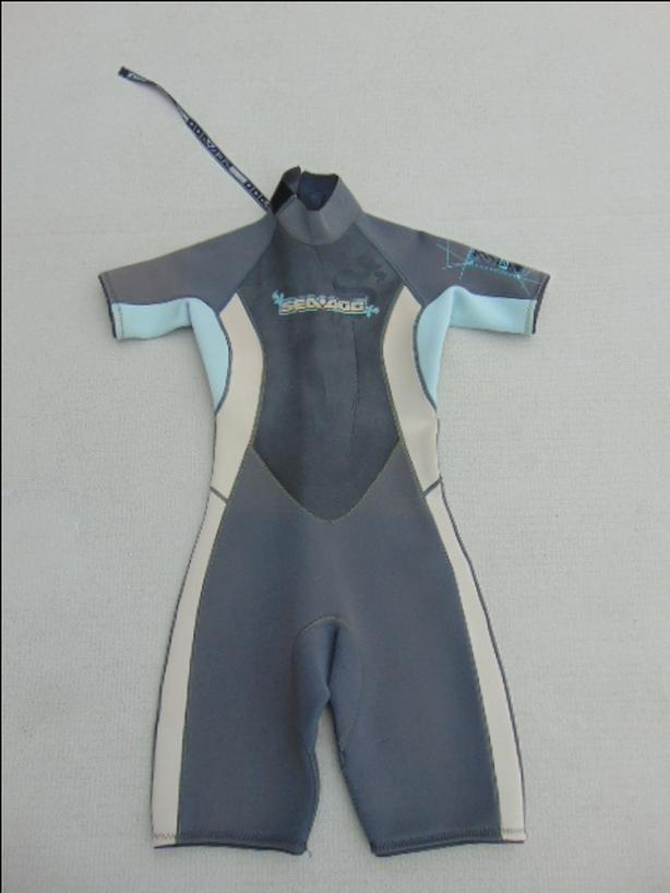  Log In needed $45 · Wetsuit Ladies Size 9-10 Sea Doo Grey Blue 2-3mm  Neoprene Fantastic Quality
