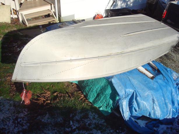 12 foot aluminium boat