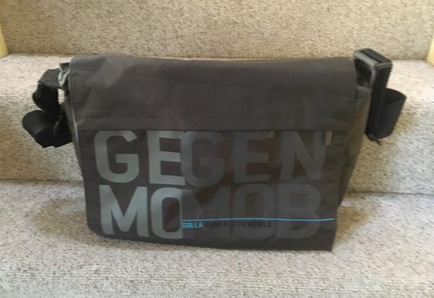 GOLLA Generation Mobile GEGEN MOMOB Classic messenger/laptop shoulder bag