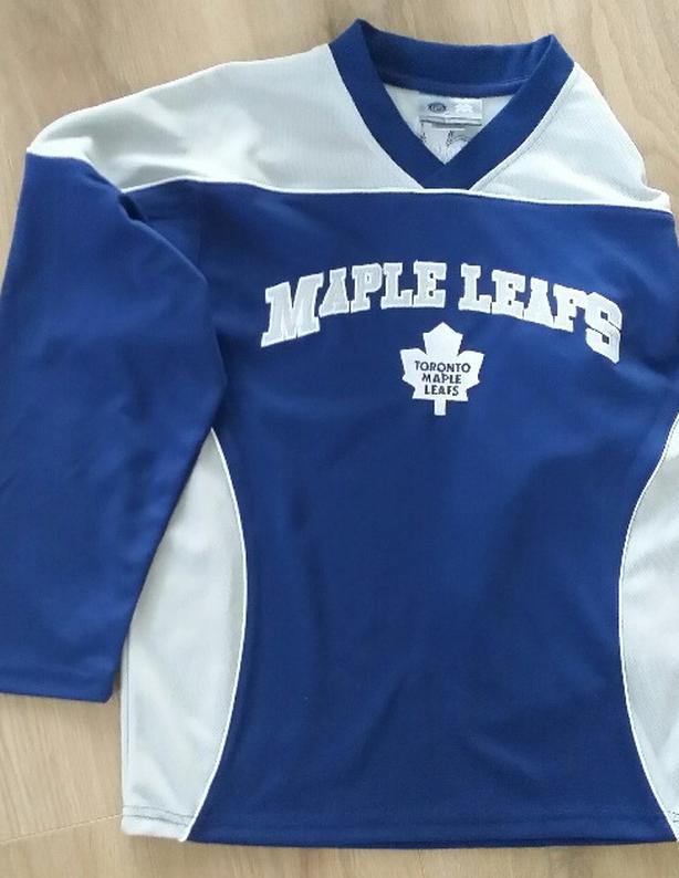 free shipping 67b77 4437c Kid's NHL Toronto Maple Leafs Hockey Jersey Saanich ...