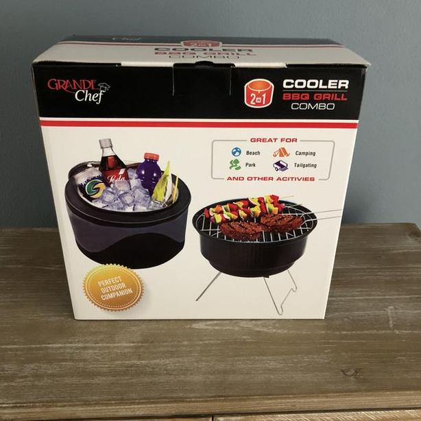 Grande Chef 2 in 1 Cooler & BBQ Grill - new in box REDUCED