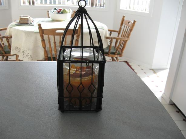 CANDLE IN GLASS & METAL CONTAINER