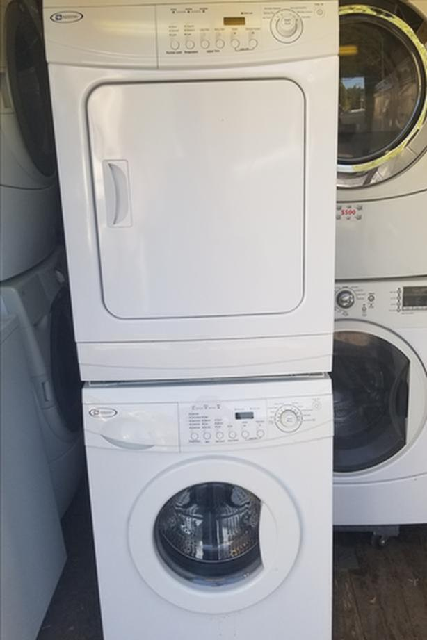 Maytag 24 34 Washer Dryer Set Stackable In Great Shape Victoria City Victoria Mobile