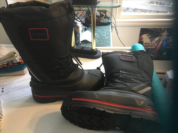 Men's Insulated Winter Boots size 12