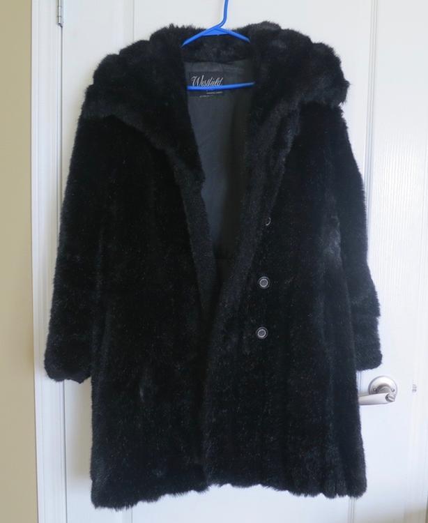 Fine full length coat