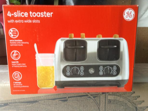 4 Slice Toaster ( not pictured)
