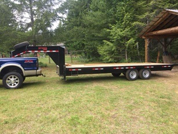22' Gooseneck trailer