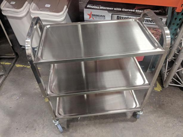 Stainless & Plastic Carts – Commercial Kitchen Supply Auction