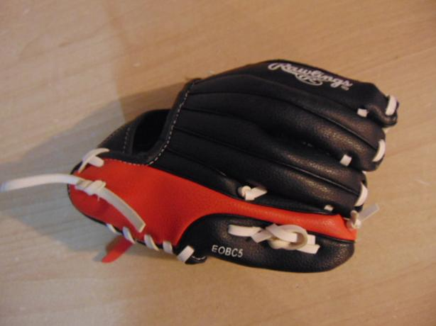 Baseball Glove Child Size 9 inch Rawlings Black Red Fits On RIGHT Hand