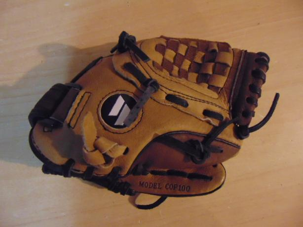 Baseball Glove Child Size 10 inch Worth Leather Black Tan Fits on LEFT hand