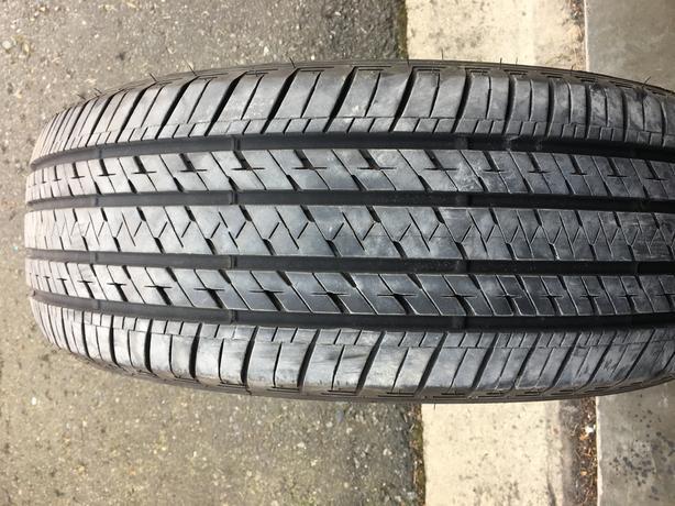 1 X single 235/60/18 Bridgestone ecopia HL422 plus 75% tread