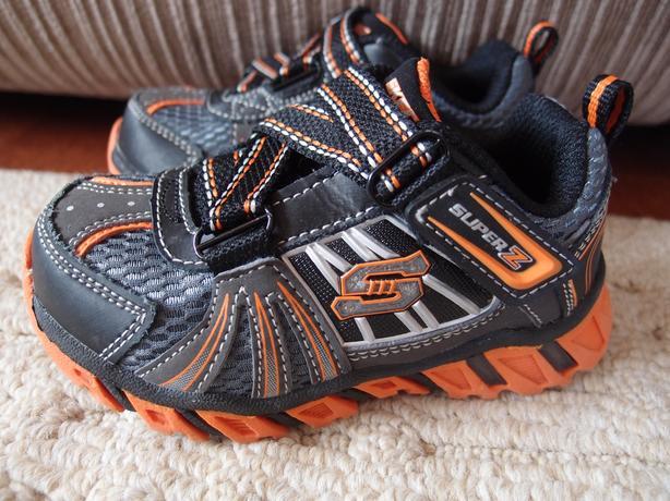 Light Up Toddler Boys Skecher Runners...