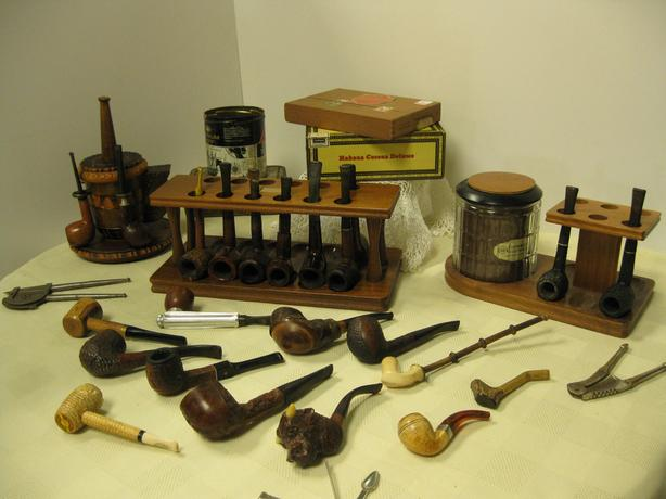 Vintage Pipes - FROM PAST TIMES Antiques  / Vintage - 1178 Albert