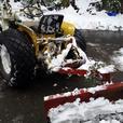 International 154 front end loader / mower / back blade
